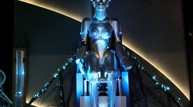 """Die """"Maschinenfrau"""" aus Metropolis inspirierte Hollywood zum Roboter C-3PO in """"Stars Wars""""."""