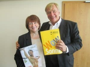 Aldiana-Geschäftsführerin Gisela Sökeland und Pressesprecher Gunther Träger in Frankfurt/Main Foto: Hans-Peter Gaul