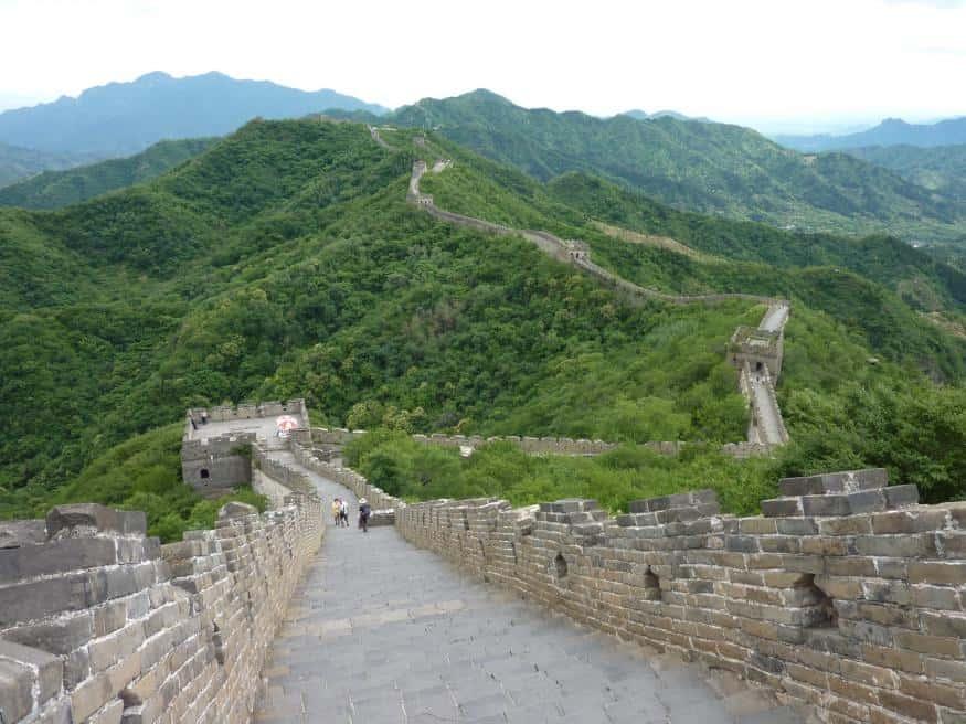 Steile Mauerwege