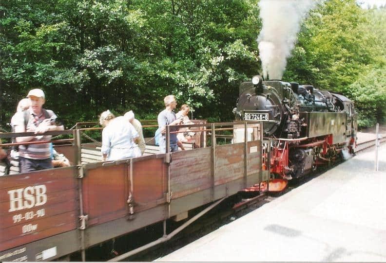 Mit dem HSB-Cabrio auf der Harzquerbahn unterwegs
