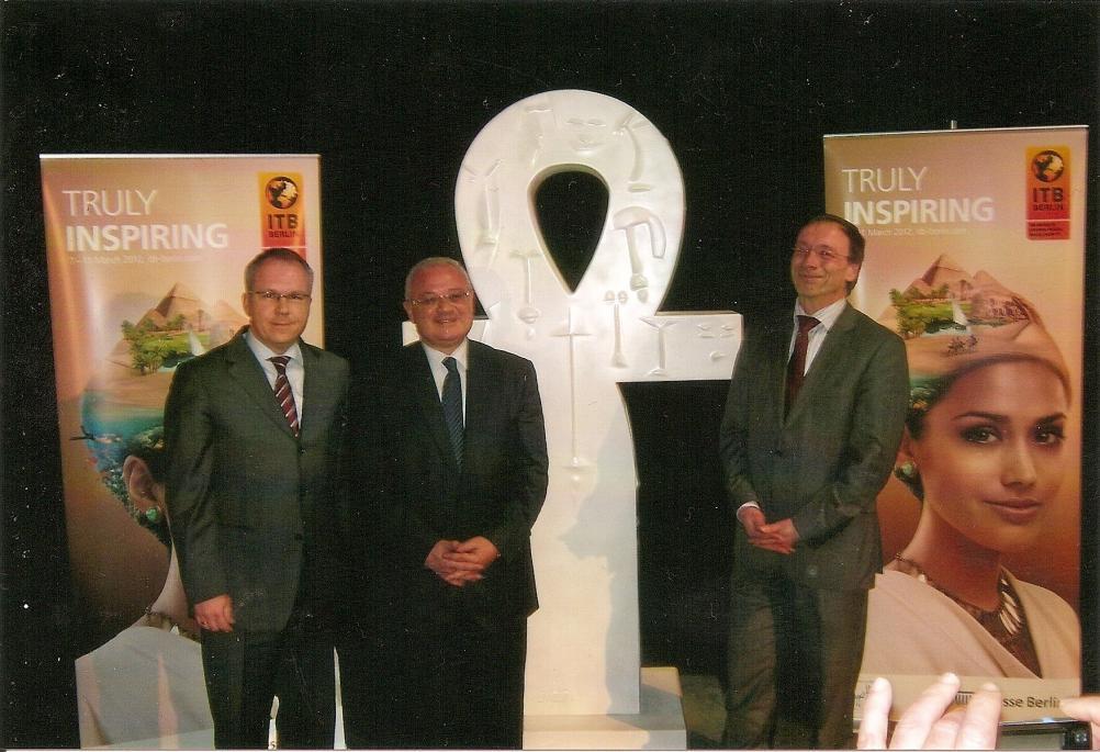 David Ruetz (Leiter der ITB), Hisham Zaazou (Ägyptens Tourismus-Staatssekretär) und Dr. Martin Buck (Direktor KompetenzCenter Travel & Logistics Messe Berlin) während der Pressekonferenz der Messe Berlin (v. l.)