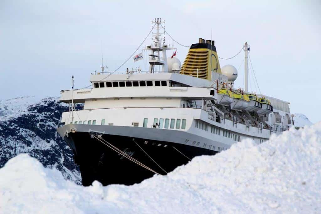 MS Azores in Alta (Finnmark)