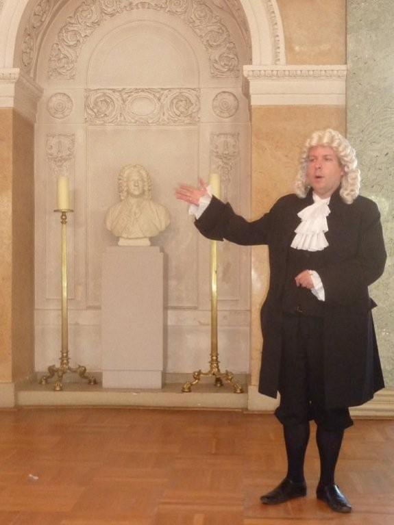 Bach alias Christian Ratzel im Spiegelsaal