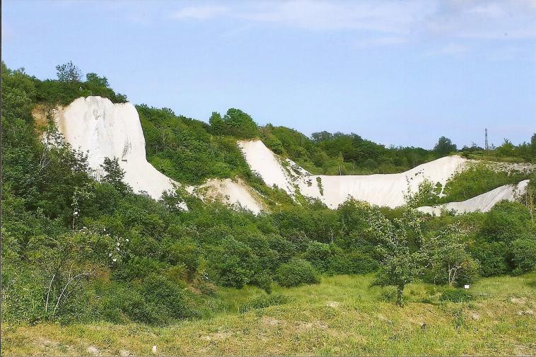 Imposante Szenerie am Kreidemuseum auf Rügen