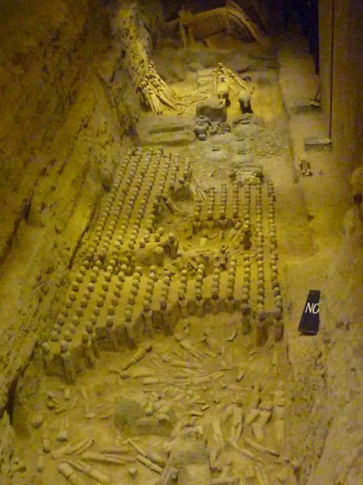 Han Jang Ling Museum mit kleineren Tonfiguren