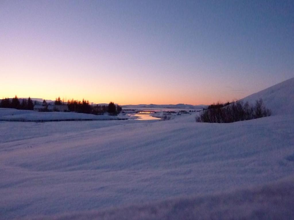 Sonnenaufgang im Thingvellir
