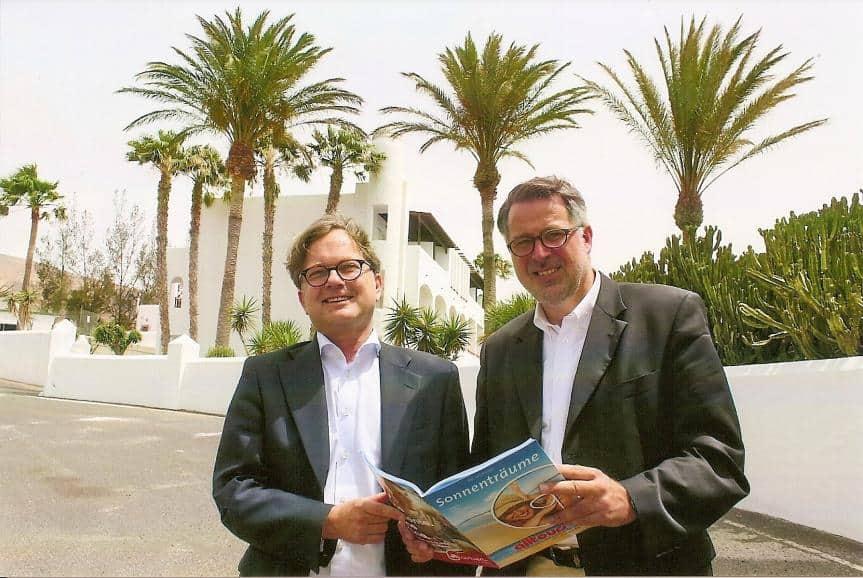 Geschäftsführer Dieter Zümpel (l.) mit Kommunikationschef Stefan Suska am Jandia Princess Resort & SPA auf Fuerteventura
