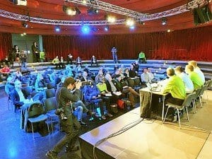 Gut besuchte Pressekonferenz in der Kleinen Arena des Berliner Tempodrom Foto: Manfred Weghenkel