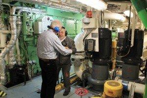 Fachgespräch mit dem Chief im Maschinenraum