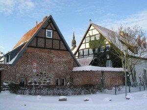 Heiliggeistkloster Stralsund, rechts unser Haus