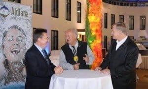 Für den Internet-Kanal www.c-btv.de interviewte CTOUR-Vorstandssprecher Hans-Peter Gaul Aldiana-Chef Peter Wennel (l.) und Pressesprecher Gunther Träger (r.) im MOA Hotel Foto: Wolf-Georg Kirst (fotac)