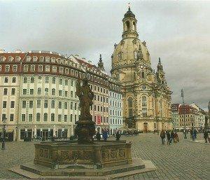 Die Frauenkirche am Neumarkt Foto: Hans-Peter Gaul