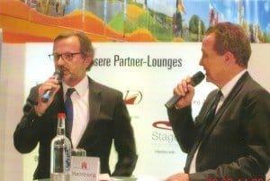 CEO TUI Cruises Richard J. Vogel (l.) im Gespräch mit Uwe Bahn beim 4. Hamburger Kreuzfahrttag Foto: H.-P. Gaul