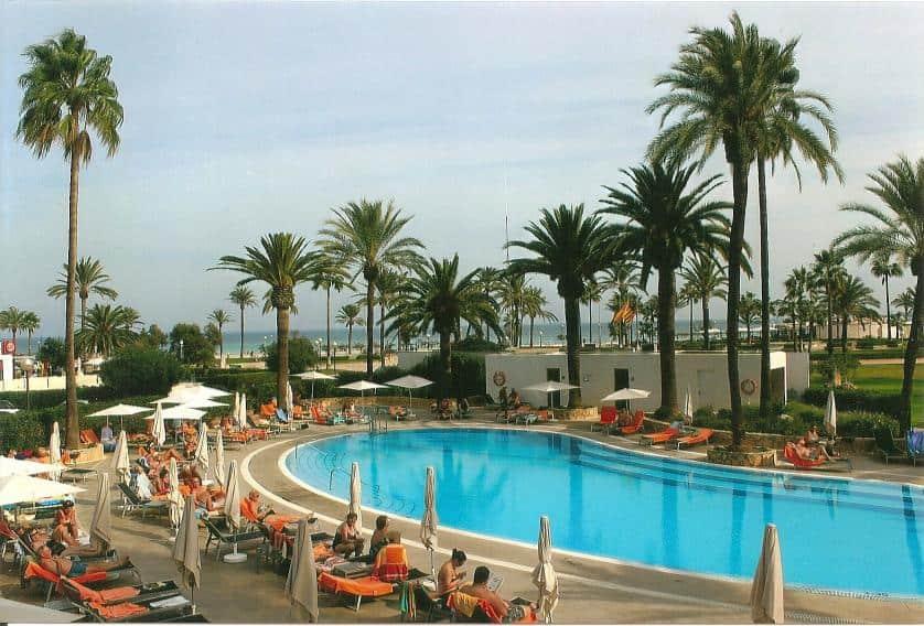 Pool des allsun hotels Bahia del Este