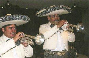 Mariachis spielen auf