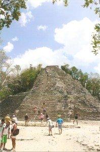 Pyramide Nohoch Mul in Coba