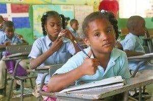 Outback-Tour mit Schulbesuch in der Dominikanischen Republik