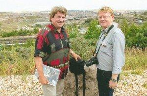 Andreas Schmidt (rechts) von der Leipzig Tourismus und Marketing GmbH und Karl Detlef Mai (links)