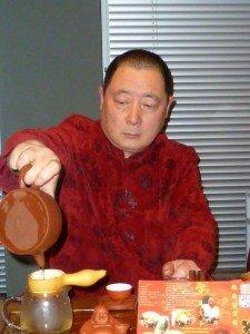 Eine Chinesische Tee-Zeremonie ist eine ernste Sache