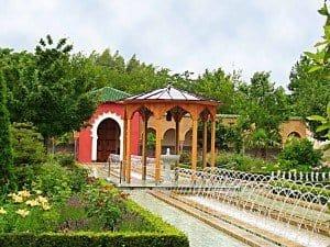 """Der 10 Jahre """"junge"""" Orientalische Garten - ein Schmuckstück in den Gärten der Welt. Foto: M. Weghenkel"""