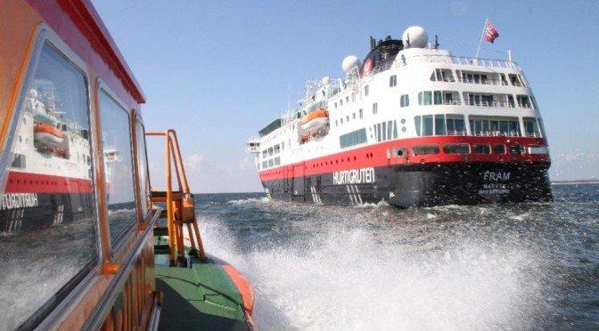 CTOUR vor Ort: Bisher größtes Kreuzfahrtschiff am Strelasund zu Gast