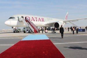 Roter Teppich für den neuen A 350 (XWB) in Doha Foto: Hans-Peter Gaul