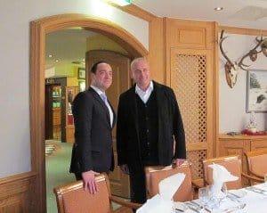 Hotel-Direktor Moritz Kurzmann (l.) und Ekkehard R. Neumann: Die Zusammenarbeit ist für beide Seiten von Vorteil