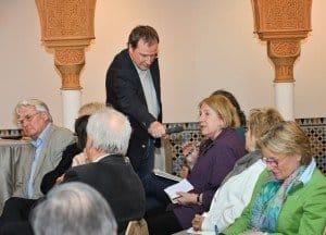 Hellmuth Henneberg (rbb-Gartenzeit) moderierte den Medientreff