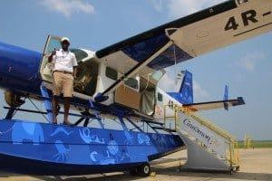 Co-Pilot an einem Wasserflugzeug der Cinnamon Air Foto: L. Schönfeld