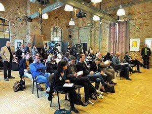Das Medien-Event zur grünen Europa-Offensive von MeinFernbus FlixBus stieß bei den rund 40 Teilnehmern aus Presse, Funk und Fernsehen auf lebhaftes Interesse.