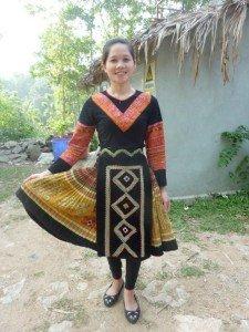 Mädchen in der Tracht der Weißen Thai Fotos: Christel Seiffert