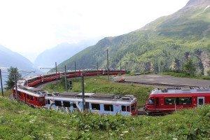 Rasanter Abstieg vom Alp Grüm in Richtung Poschiavo