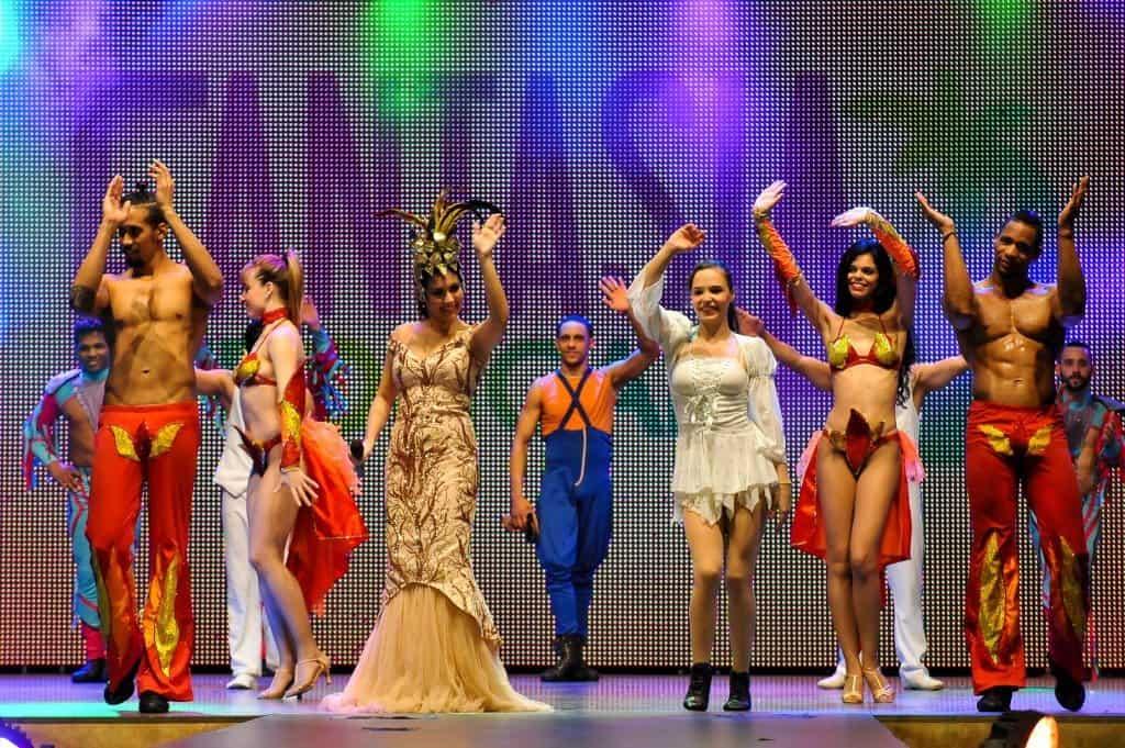 """Künstler der """"Fantasia Tropical""""-Show"""