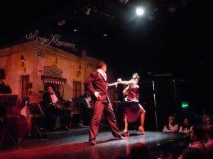 Im Tango-Theater