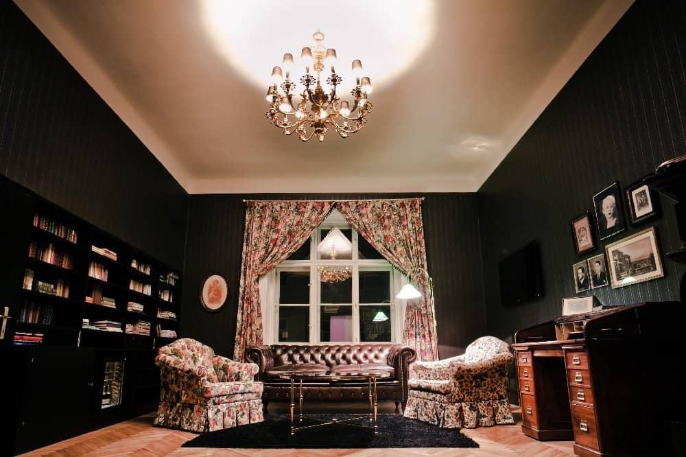Hoschek Suite