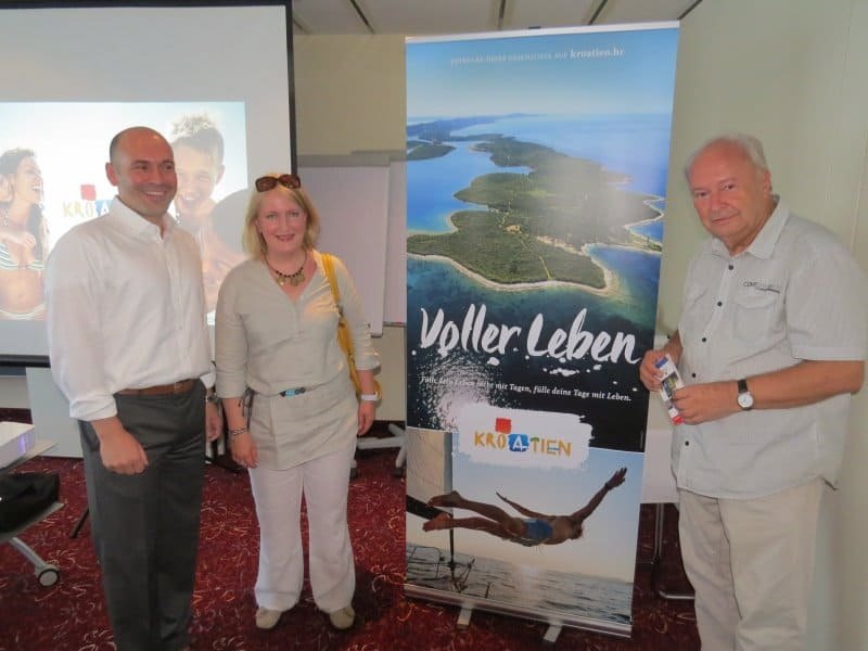 Romeo Draghicchio (l.) mit CTOURistin Radmila Labus aus Sibenik und CTOUR-Vorstandssprecher Hans-Peter Gaul
