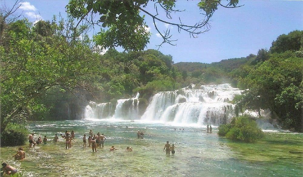 Beliebtes Ausflugsziel an der mitteldalmatinische Küste sind die Krka-Wasserfälle bei Zadar