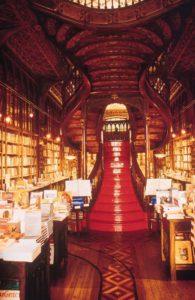 Die berühmte Treppe im Buchladen
