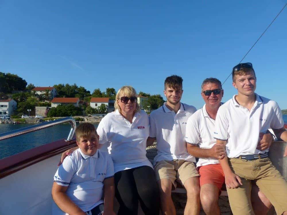 Kapitän Silvio mit seiner Familie