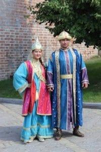 Typische tatarische Nationaltracht