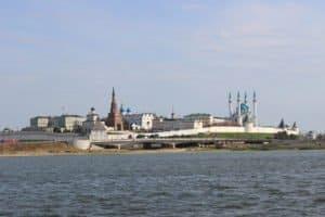 Kasaner Kreml vom Wasser aus