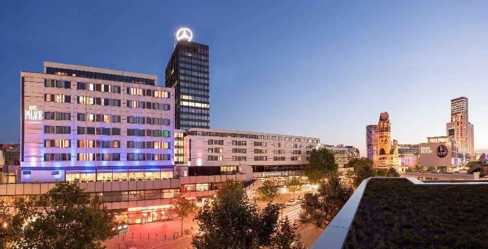 Das Hotel Palace mitten in der pulsierenden City von Berlin  Foto: Hotel Palace Berlin