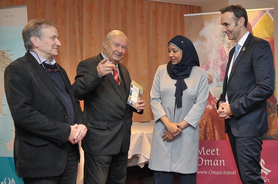 Ralf Schepers, Frau Hind Said Al-Barwani, CTOUR-Vorstandssprecher Hans-Peter Gaul und Autor Dr. Harald Schmidt (v. r.) Foto: Wolf-Georg Kirst (fotac)