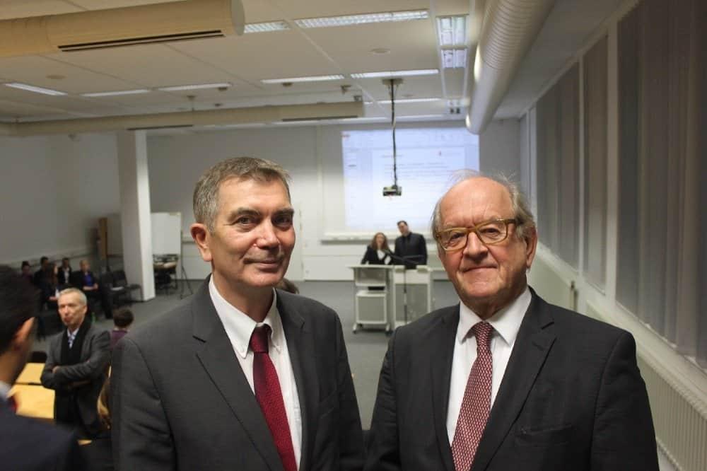 HWR-Fachgebietsleiter Touristik Prof. Dr. Dr. Jörg Soller (l.) mit Hans-Henning Romberg beim Campus-Treff