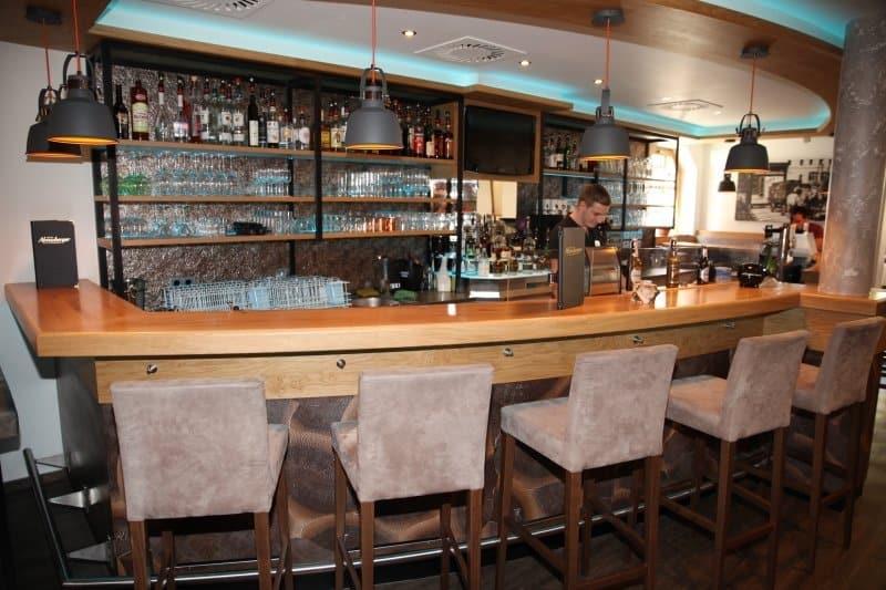 Die Pfandl-Bar: Essen á la Carte.