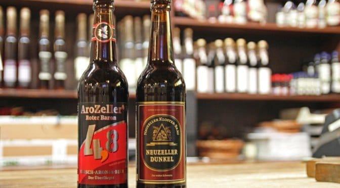 Neuzeller Dunkel und Kirsch-Aronia-Bier
