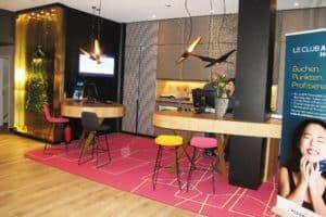 CTOUR-Hotelstammtisch: Ein Wohnzimmer am Wittenbergplatz 7