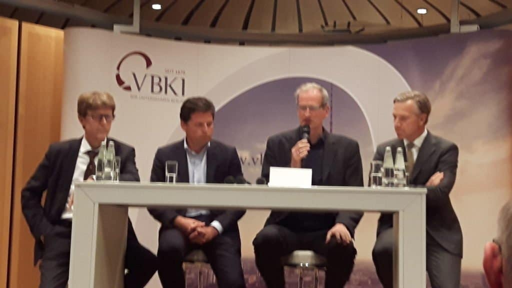 Prof. Dr. Engelbert Lütke Daldrup, Thomas Haagensen, Moderator Joachim Fahrun (Berliner Morgenpost) und Dr. Kay Lindemann (v. l. n. r.)