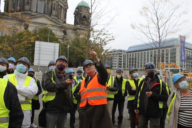 SCHLOSS-GESCHICHTEN AUS BERLIN 11